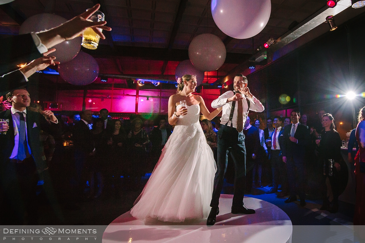 surrey documentary wedding photographer documentary natural stylish contemporary wedding photography party first dance