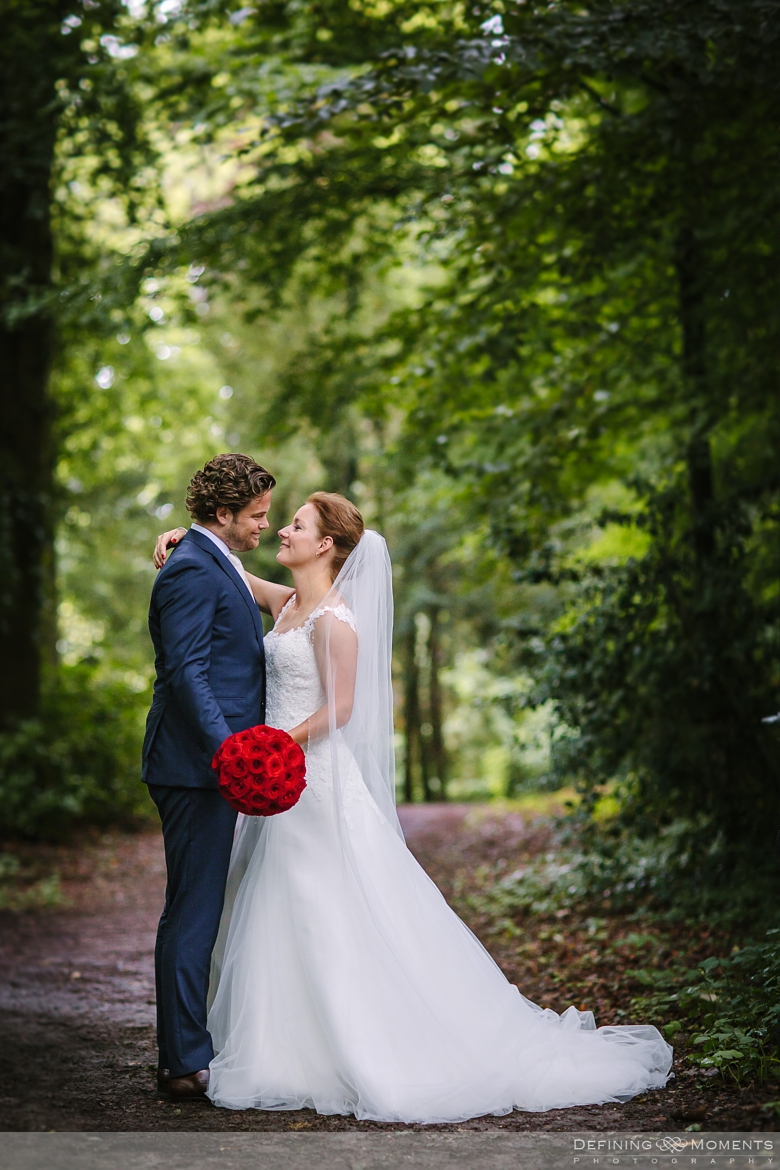 wedding portrait bride groom grand exclusive wedding mansion surrey sussex award-winning documentary wedding photographer natural stylish contemporary wedding photography nature