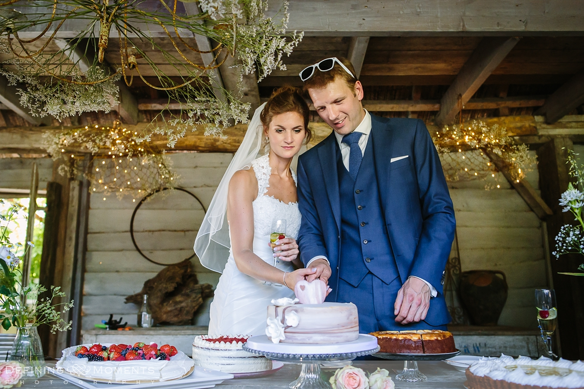 historic barn rustic countryside farm authentic romantic wedding venue venues surrey photographer photography ceremony wedding_cake