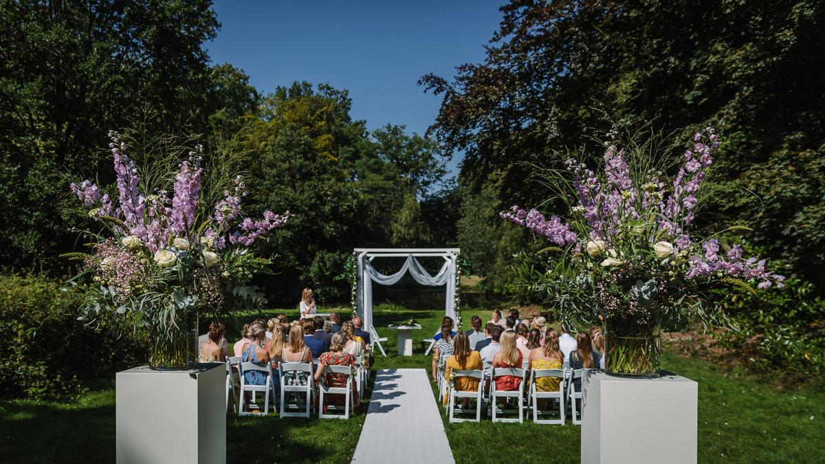 outdoor wedding ceremony set_up wedding photo journalistic documentary reportage photographer photo surrey