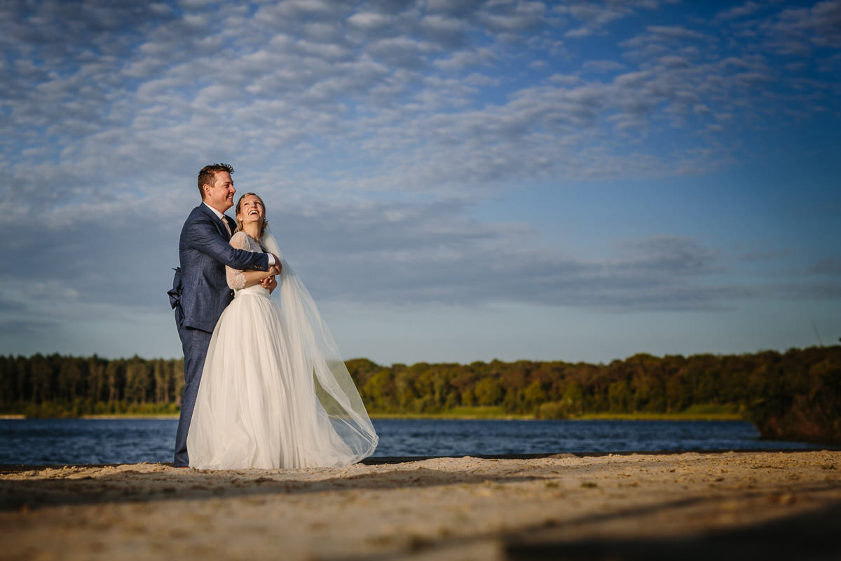 bride groom portrait sunset golden hour sandy beach lake wedding photo journalistic documentary reportage photographer photo surrey