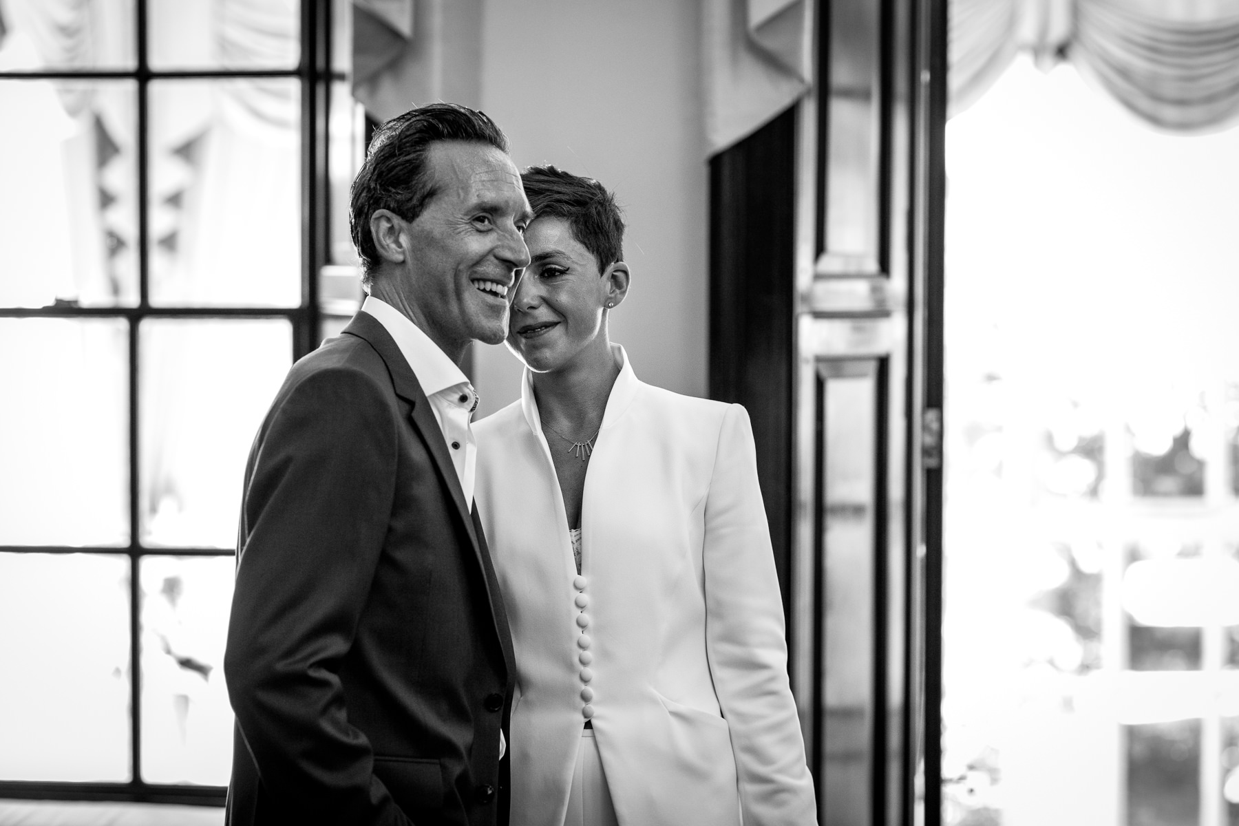 just married happy smiling couple black&white image natural authentic documentary wedding photo bride groom couple beaverbrook surrey hills leatherhead register office wedding photographer